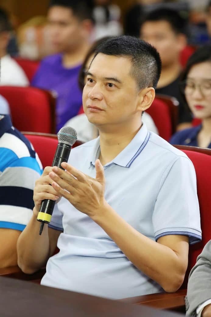 广州轻工集团总经理助理黄兆斌