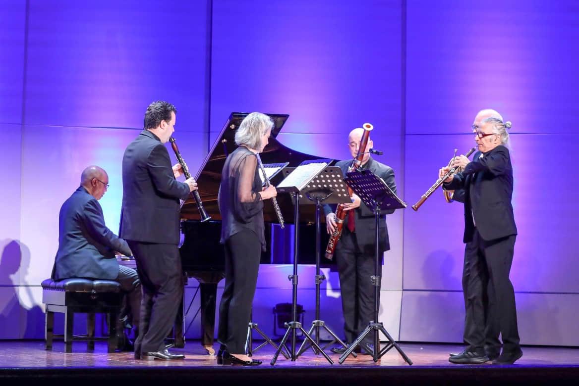 D:\史\新闻稿\20191105澳门国际音乐节\多利安木管五重奏与比利‧柴尔斯.jpg