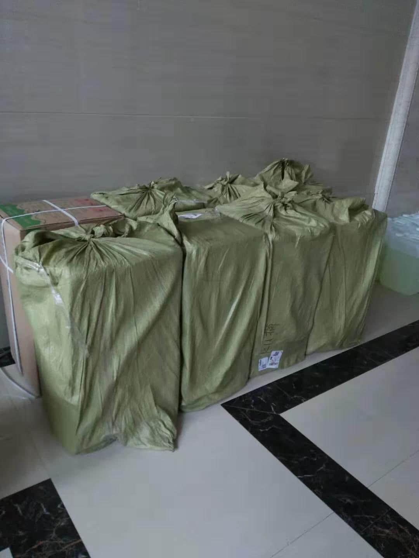 首批口罩已送达武汉医院,另有150,000个亦即将送抵武汉,支持前线医护抗疫