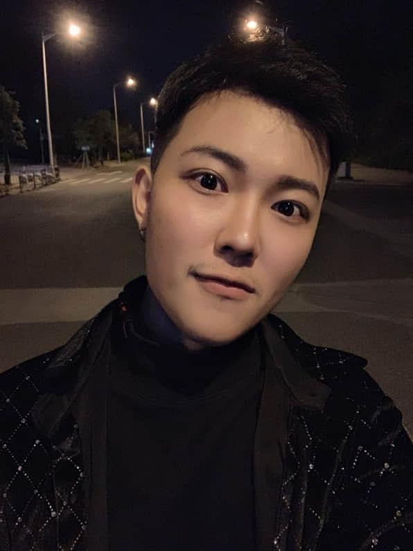 刘振坤,第八届国际声乐公开赛流行歌曲公开组一等奖